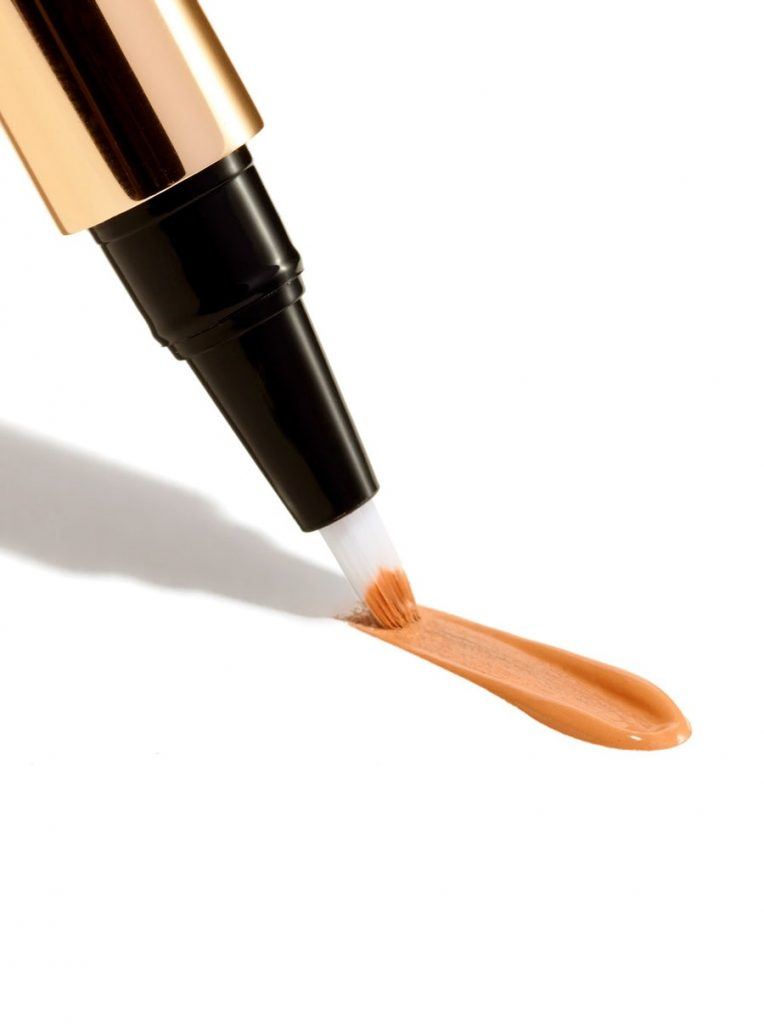 product-images-2408-gallery-imgs-bc_touchupconcealer-med2-sku2408_alt01